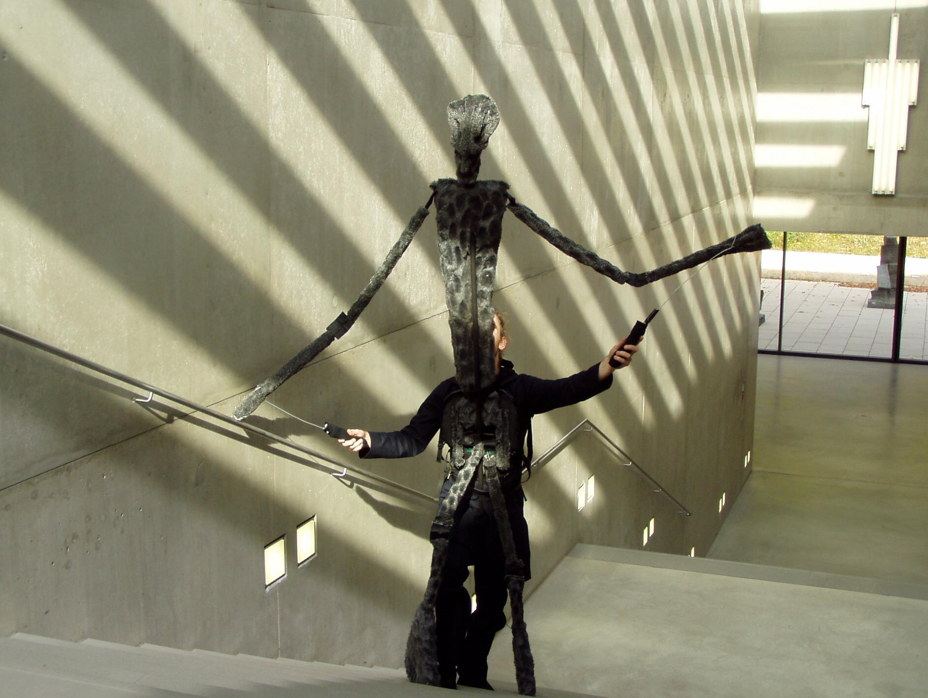 https://i1.wp.com/upload.wikimedia.org/wikipedia/commons/0/0e/Karin-schaefer-puppet-museum-modern-art-salzburg.jpg