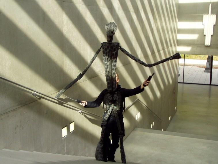 https://i1.wp.com/upload.wikimedia.org/wikipedia/commons/0/0e/Karin-schaefer-puppet-museum-modern-art-salzburg.jpg?resize=757%2C570