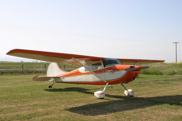 https://i1.wp.com/upload.wikimedia.org/wikipedia/commons/0/0f/Cessna170B_orange.jpg