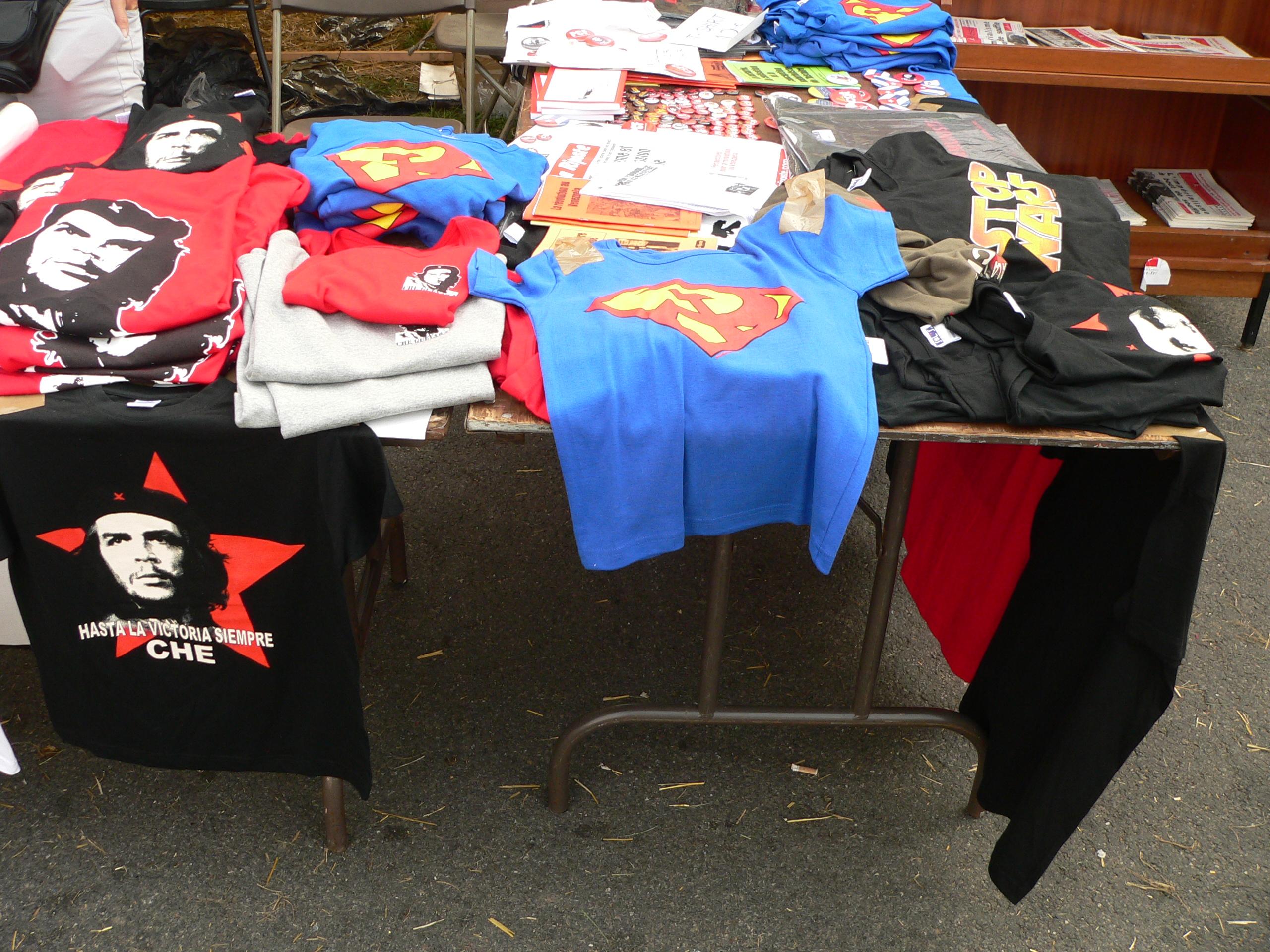 Che Guevara T-shirts (Fete de l'Huma, 2006)