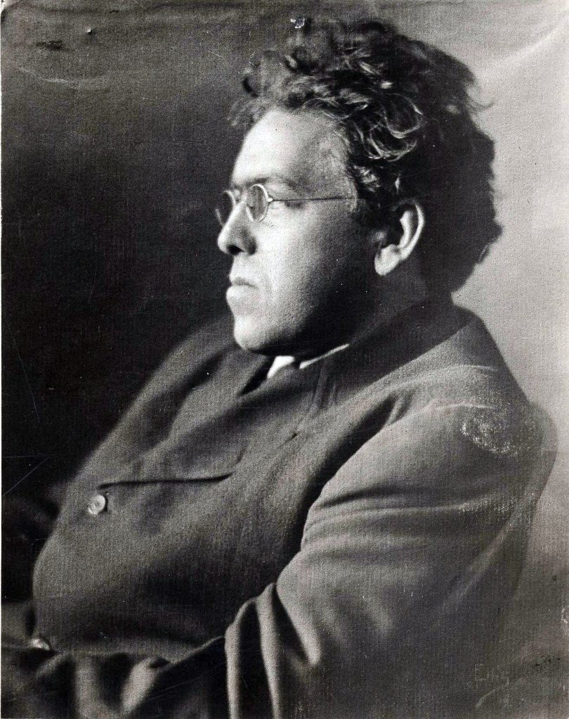Side profile photo of N.C. Wyeth in 1920 when he was 38 years old.