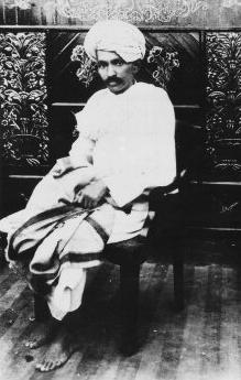 Gandhi Kheda 1918.jpg