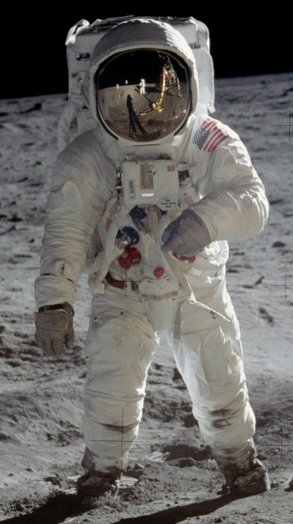 FileBuzz Aldrin Apollo Spacesuitjpg Wikipedia