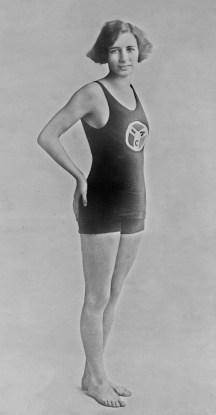 Resultado de imagen de Sybil Bauer swimmer
