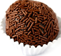 https://i1.wp.com/upload.wikimedia.org/wikipedia/commons/1/15/Brigadeiro2.jpg?resize=213%2C197