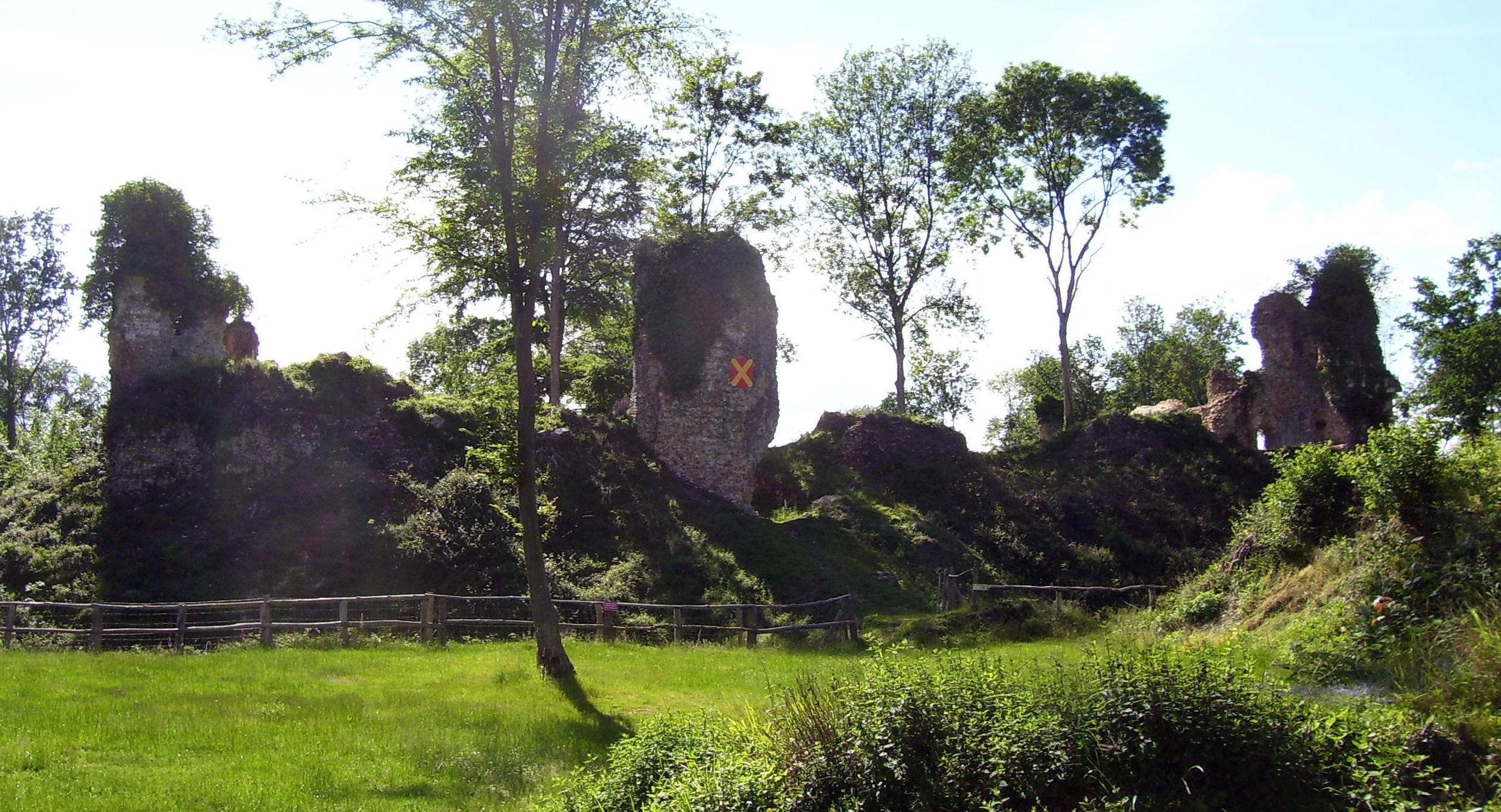 château fort montfort-sur-risle