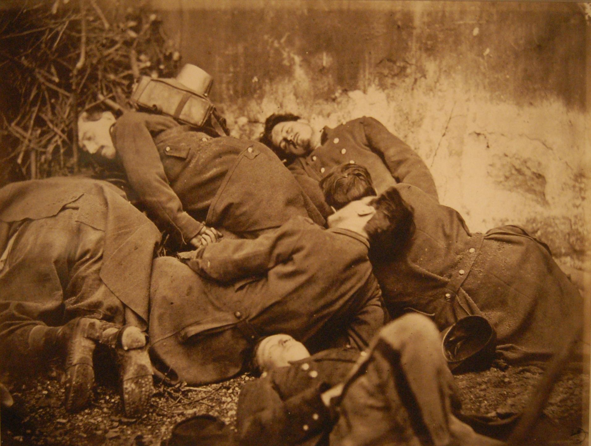 Français : Cadavres de soldats fédérés durant ...