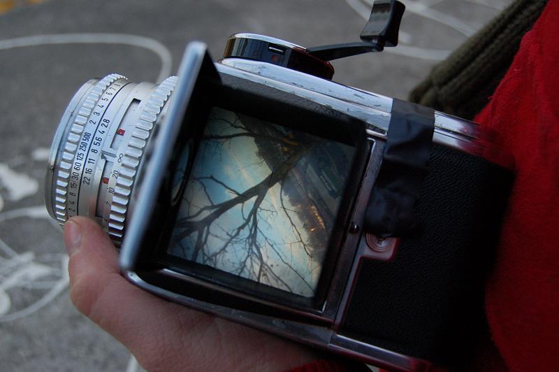 File:Hasselblad waist-level viewfinder.jpg