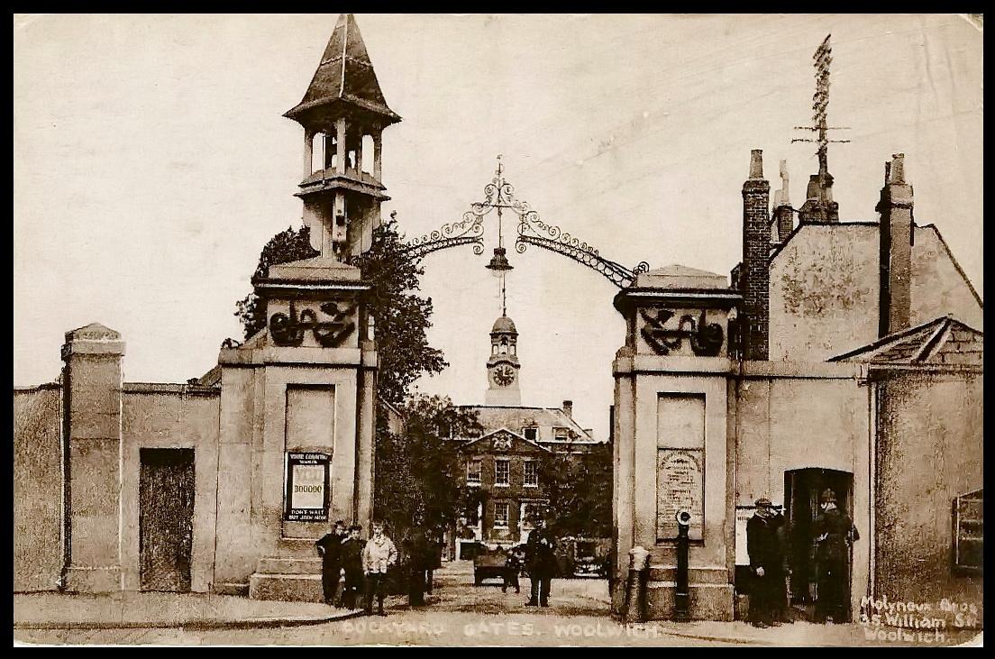 File:Woolwich Dockyard gates, ca 1900(2).jpg - Wikimedia Commons