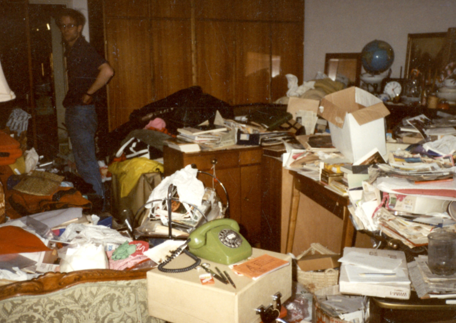 Compulsive hoarding in a private apartment