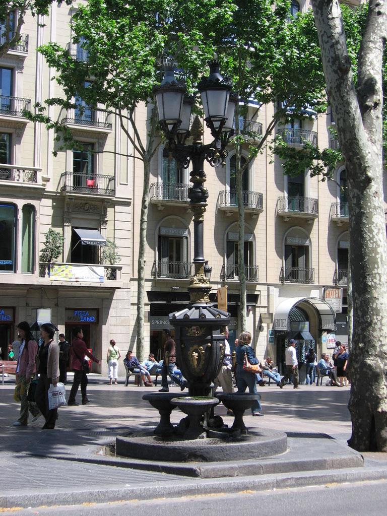 Font De Canaletes Wikipedia