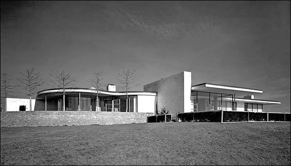 A. Conger Goodyear House, Old Westbury N.Y., 1938.