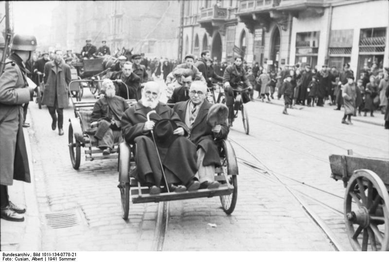 File:Bundesarchiv Bild 101I-134-0778-21, Polen, Ghetto Warschau, Straßenszene.jpg