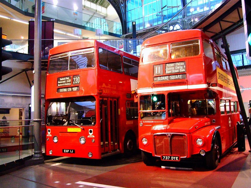 Datei London Dms Fleetline And Routemaster Wikipedia