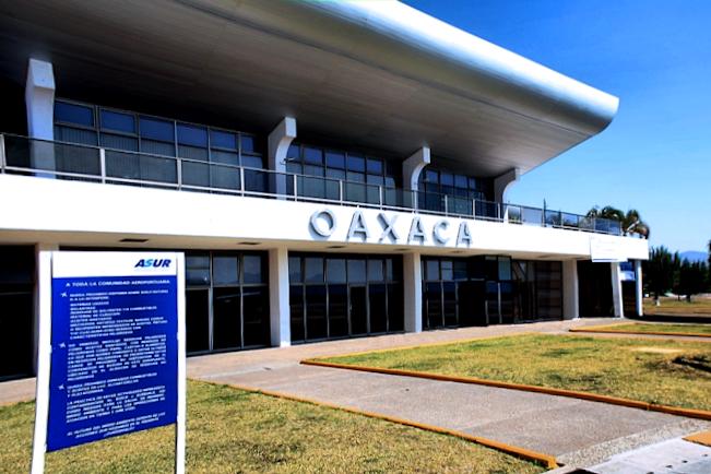 Aeropuerto Internacional de Oaxaca.