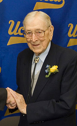 File:Johnwooden.jpg