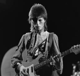 David Bowie - TopPop 1974 10
