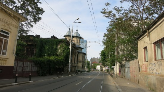 Old Bucharest private tour - Calea Mosilor   Romania custom made journey