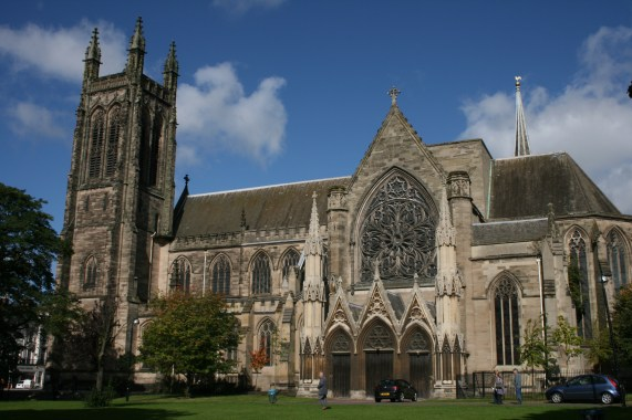 File:All Saints' Church Leamington Spa, from the churchyard 2012