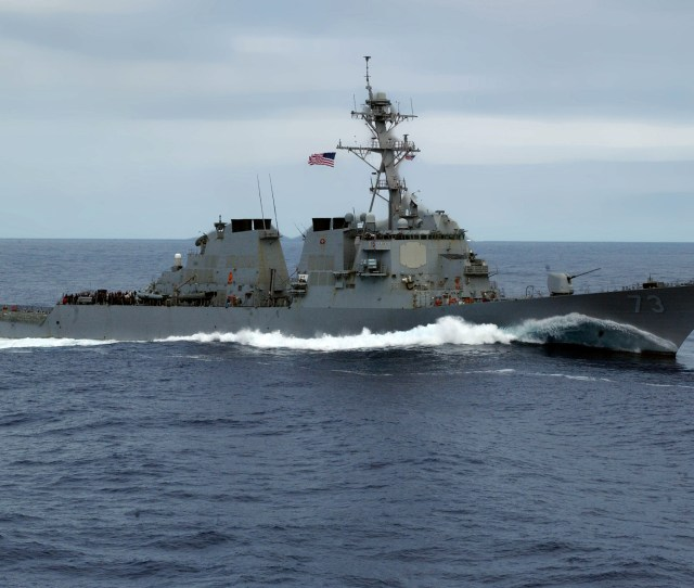 Fileuss Decatur Ddg 73 Starboard Side 2006 Jpg