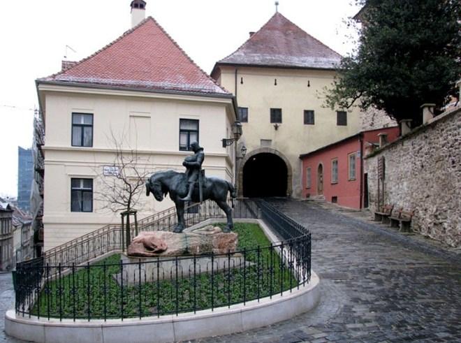 Zagreb-Stone-Gate