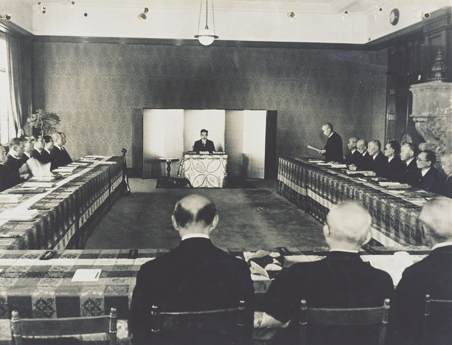 大日本帝國憲法第73條 - Wikipedia