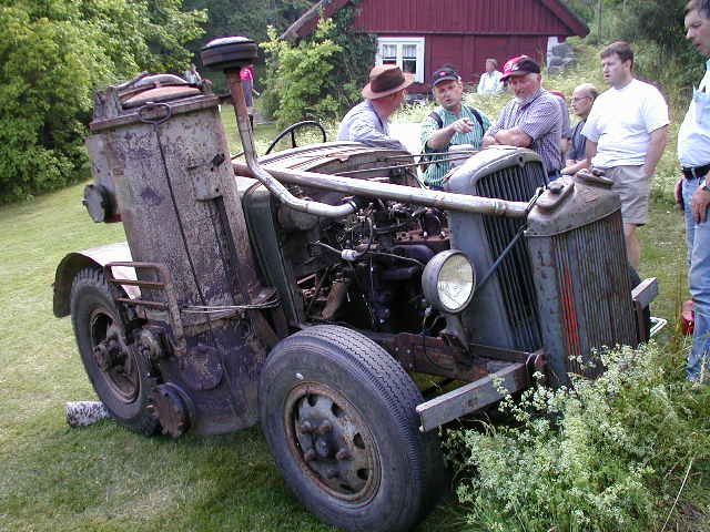 "DIY Wood Driven ""tractor"""
