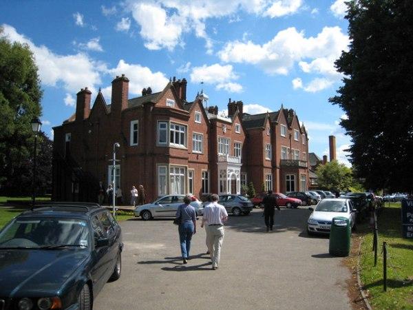 Bishopshalt School - Wikipedia