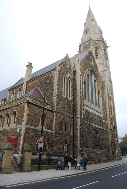 File:Christ Church and St Mary Magdalen Church, London Rd ...