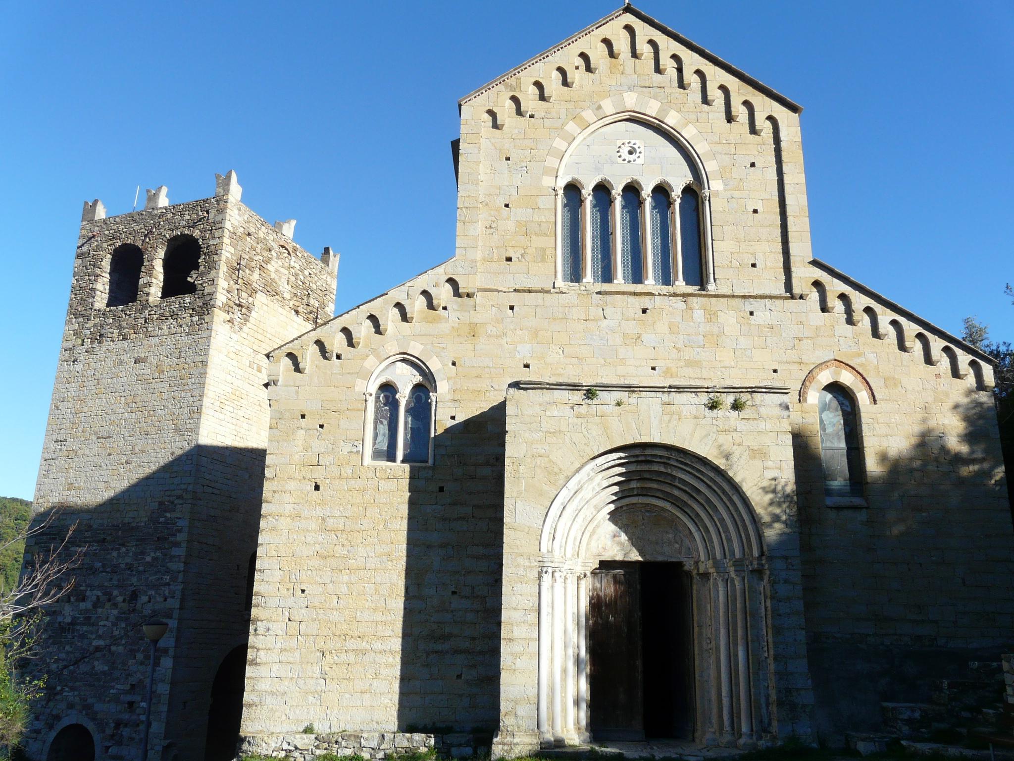 Andora-chiesa_santi_Giacomo_e_Filippo1.jpg
