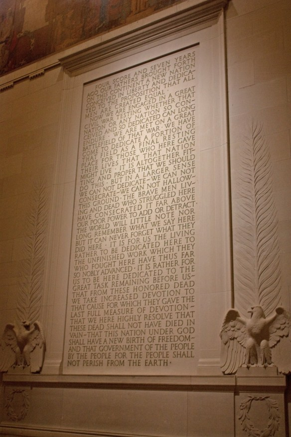 Description <b>Gettysburg</b> <b>Address</b> in <b>Lincoln</b> <b>Memorial</b> at night 2.jpg
