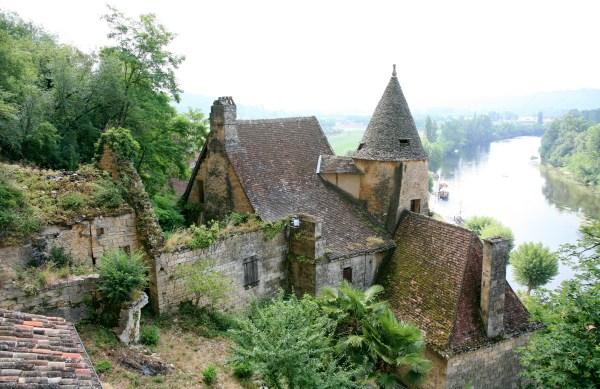 File:Rural French chateau.jpg - Wikimedia Commons