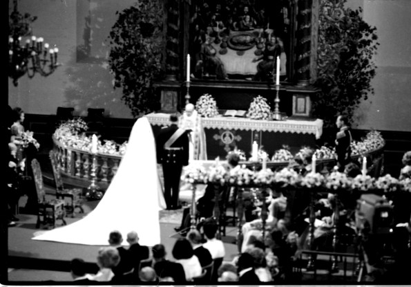 The wedding of King Harald and Queen Sonja in 1968. Photo: Bjørn Glorvigen via Wikimedia Commons.