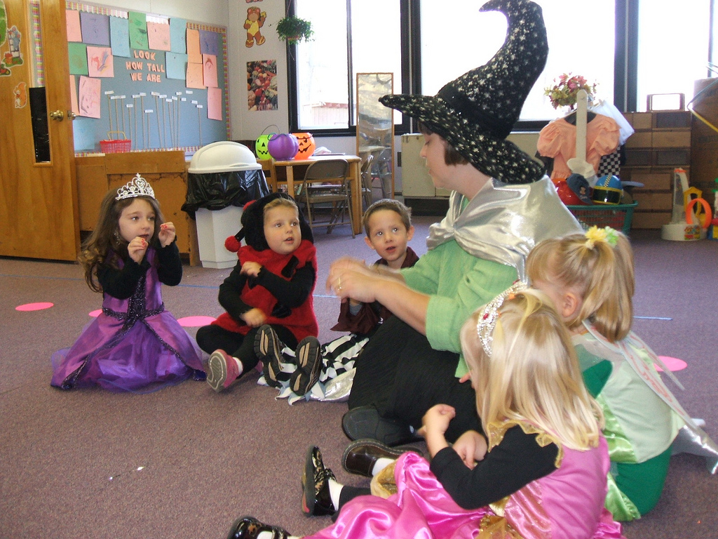 File A Kindergarten In United States At Halloween Day