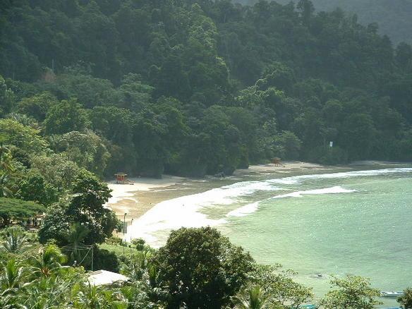 File:Las Cuevas Beach.jpg