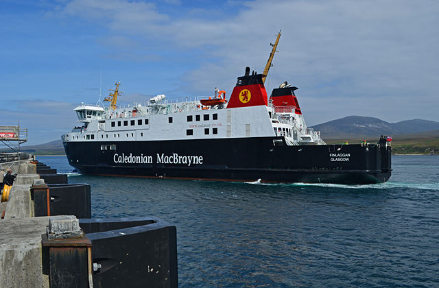 File:MV Finlaggan at Port Askaig.jpg
