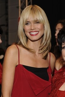 Heidi Klum at The Heart Truth Fashion Show 2008 (Author: The Heart Truth /  License: CC-BY-SA-2.0)