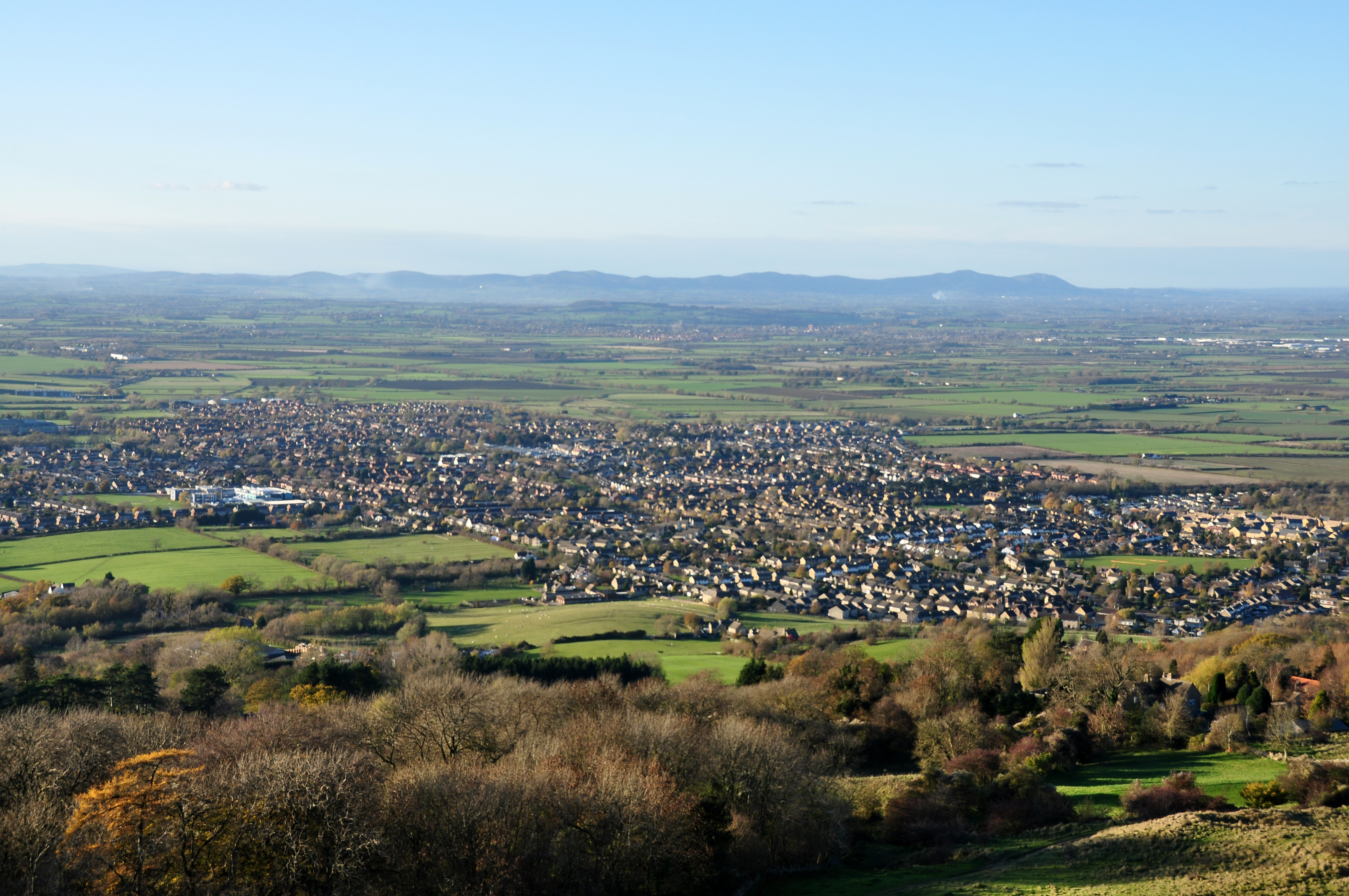 File:Bishop's Cleeve and the Malverns.jpg - Wikimedia Commons