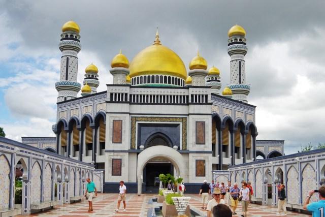 ジャミ・アス・ハサナル・ボルキア・モスク