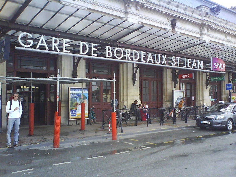 Gare de Bordeaux st jean, estación de tren de Burdeos Francia