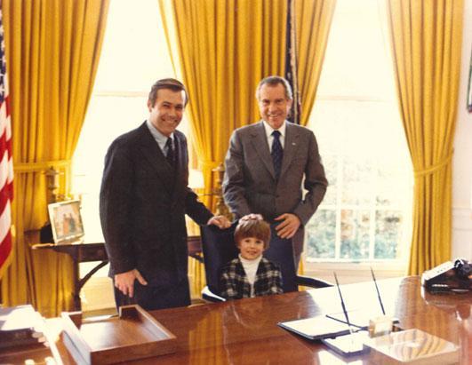 Rumsfeld gemeinsam mit Richard Nixon im Weißen Haus