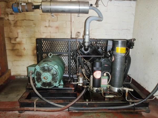 FileBristol HP breathing air compressor PA268005JPG