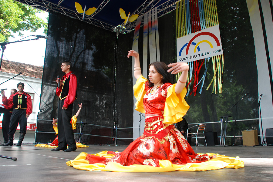 "English: Festival of Lithuania's nations ""..."