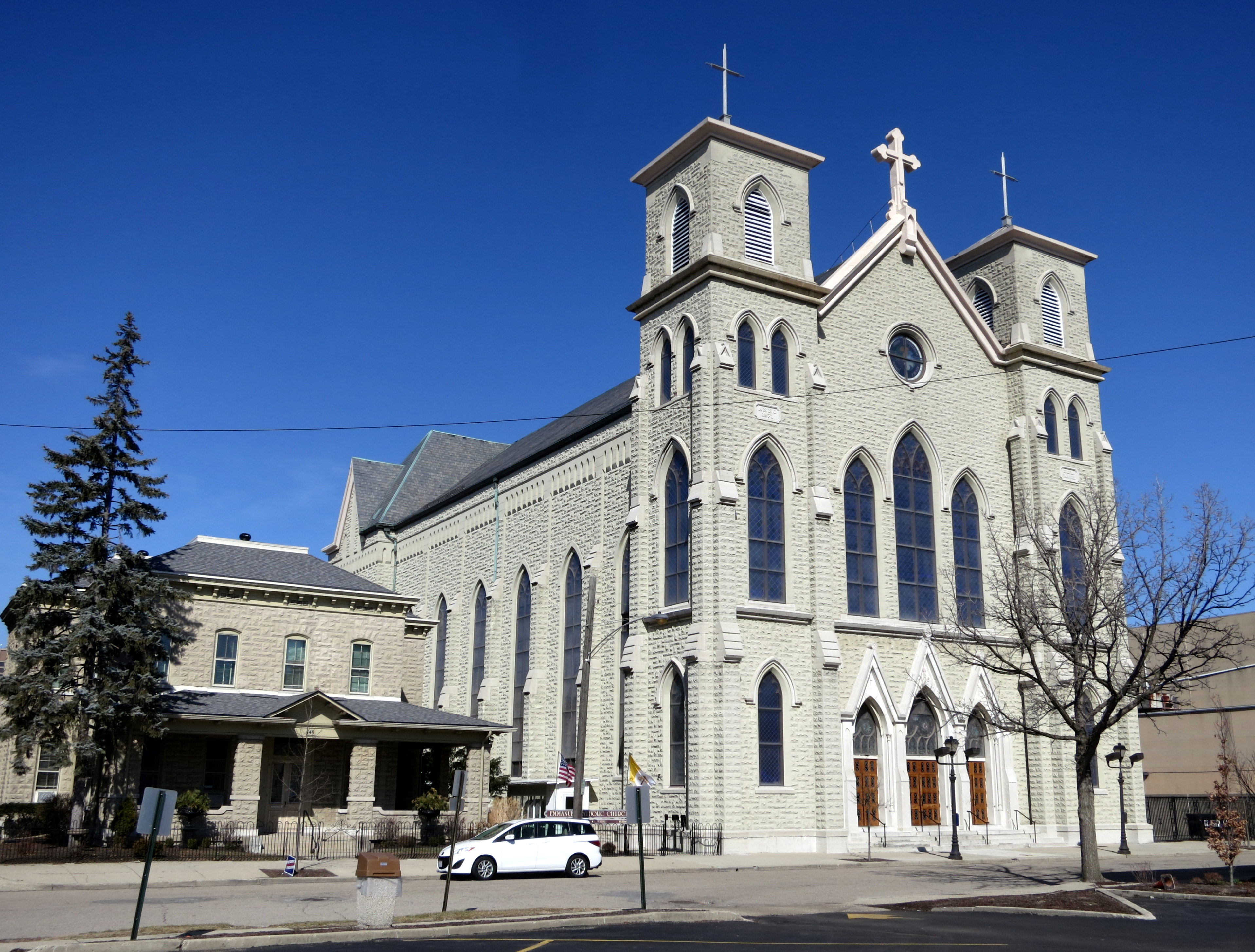 FichierEmmanuel Catholic Church Dayton Ohio Exterior