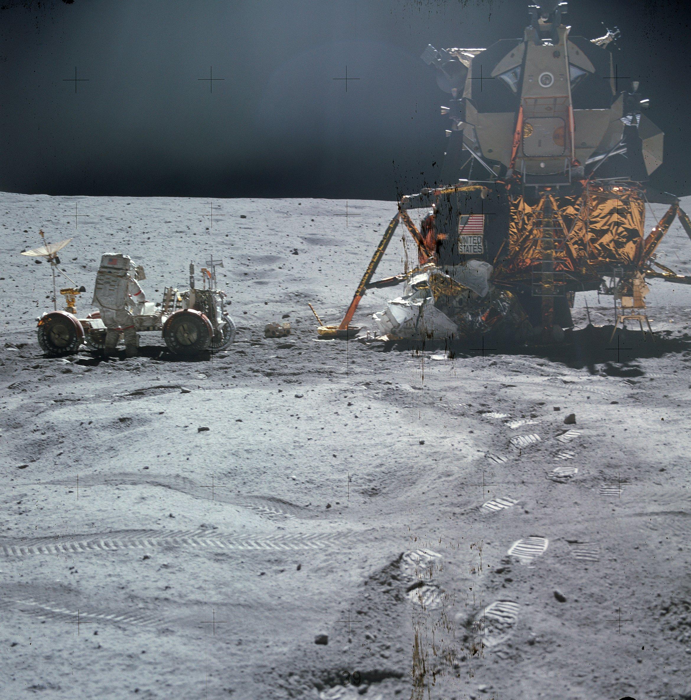 यंग चन्द्रयान और चन्द्रवाहन के पास