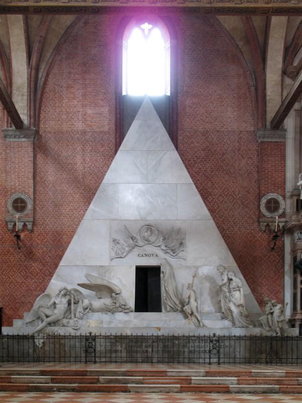 File:Canova tomb.jpg - Wikimedia Commons