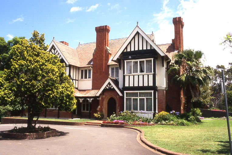 Tudor Styled West Maling Queen Anne Federation Home 663 665 King Georges Road Penshurst Sydney This Style Was Also Called Revival