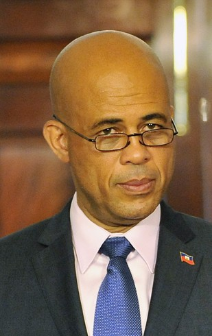 Archivo:Michel Martelly on April 20, 2011.jpg