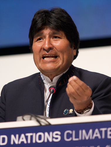 Tập tin:Evo Morales at COP15.jpg