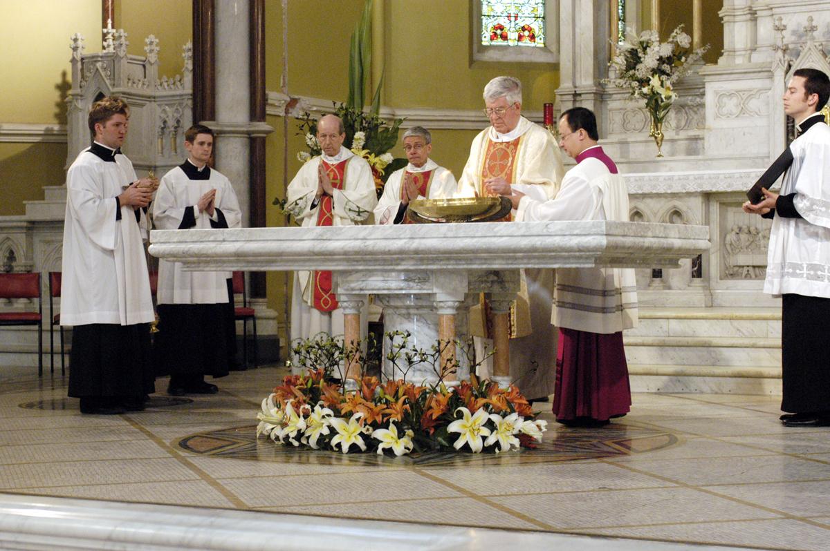 Altar In The Catholic Church